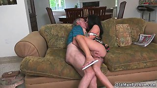 Shy young girl old man and swingers party xxx Frannkies a quick learner