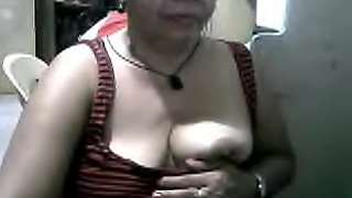 filipina grandma marivic showing me her nice boobs on cam on skype