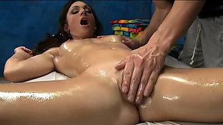 Sweet whore Vanessa Sixxx prepares for blowjob