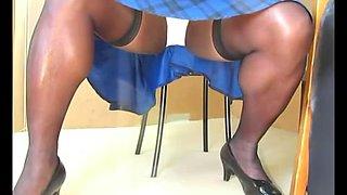 BlueGirl70 Upskirt Knickers WOW.vo