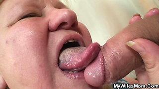 Slim dude screw huge girlfriends old mother