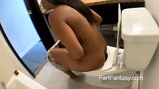 Michelle Malone Toilet Farts