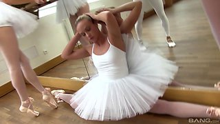 Cayla Lyons and other ballerinas seduced by a guy for a foursome