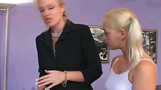 Babysitter Cheryl Gets Double Dicks