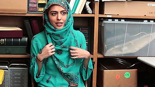 Shoplyfter-   Hijab Teen Harassed and Strip-Searched