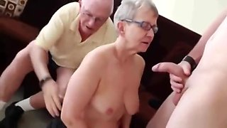 Attractive granny performin in amazing amateur sex video