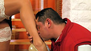 Glamcore Mistress With Big Tits Gets Fucked