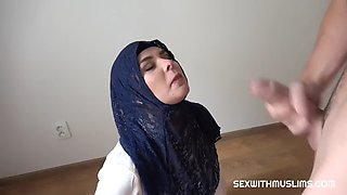 Sexy gorgeous muslim girl fuck