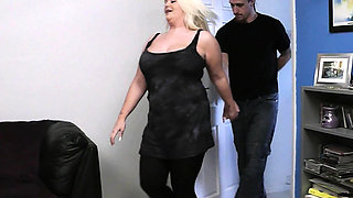 First date sex with chubby BBW