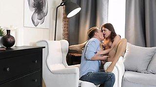 Russian redhead with pierced nipples Renata Fox gets banged