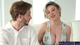 Busty dirty blonde MILF asked for help a young doctor