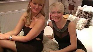 Dirty English bitch - Bukkake party 03