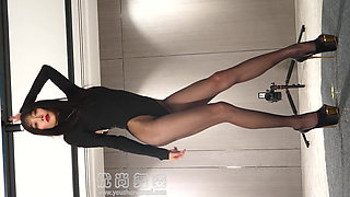 Dance in pantyhose and heels 117, Front
