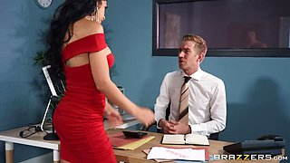 Gold-digger can Gobble too - with Julia De Lucia!