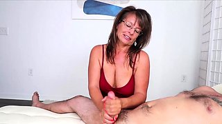 Mrs Cougar Jules is a naughty milf who loves jerking cocks.