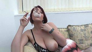 Busty MILF Lexi smoke and tease