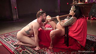 Pregnant Lola Luscious adores showing her perfect fucking skills