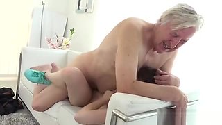 Old goes Young - Luna Rival gets Fucked while she Vacuums th