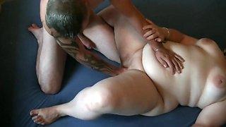 first fist pussy / fat girl fist / bbw fisting