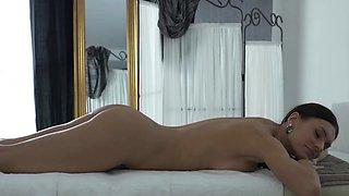 Massage X - Kitana Lure - Passion on massage table