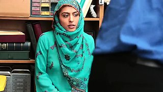 Mom caught on web cam first time Hijab-Wearing Arab Teen