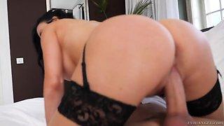Giant breasted brunette MILF Jasmine Jae feels good fucking sideways