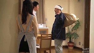Jap Housewife Endds Up Loving It