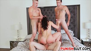 Cock slut Mandy Muse teamed up on by football team studs