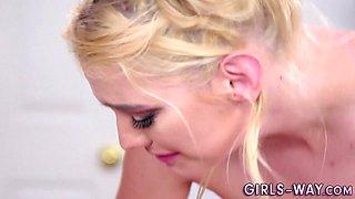 Beautiful les bride licks