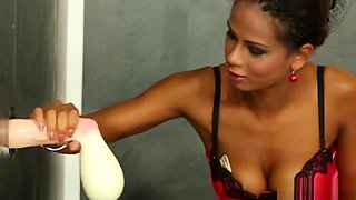 Squirting Dildo Is Tina's Perfect Partner