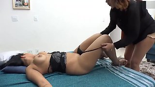 Lesbian ass Licking .Brazilian Girl eating ass sleeping drunk friend