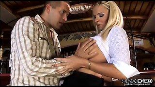 Big tits Italian whore gets banged hard at the bar