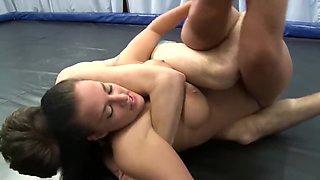 Mixed wrestling Duke vs Monique