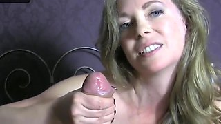 Just can not stop cumming