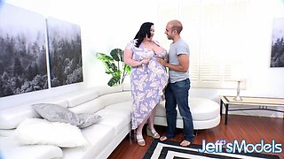 Queen of BBWs Eliza Allure Gets a Pounding Worthy of Her Size