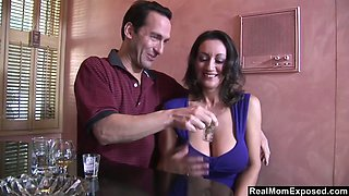Jaw dropping brunt milf Persia Monir gets her pussy licked and fucked