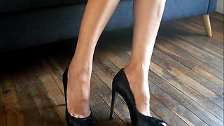 My heels sitting in my couch - No sex !!!