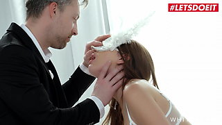 WHITE BOXXX Liya Silver & Kaisa Nord Sharing Cock In Hot FFM