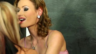 Lesbo beauties cumdrenched at gloryhole