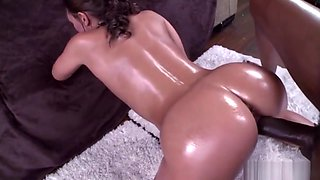 Big white ass Olivia Wilder gets some black dick