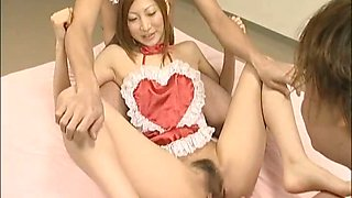 Chihiro Hara Lovely Asian maid gets hard