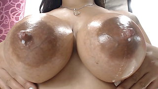 Super sexy Latina dripping milk horny