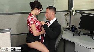 Office Slut Jane Wilde Fucked & Facialed On Cubicle Desk