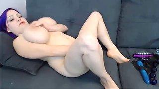 More busty midget more videos on http:bit.lywhorescam