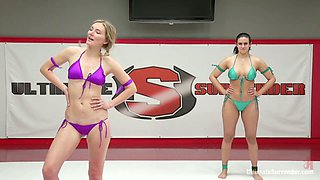 Check out perverted wrestler Penny Barber who is ready for wild masturbation