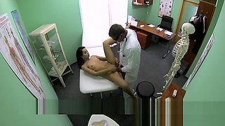 Doctor Takes A Close Look Inside Patient's Vagina