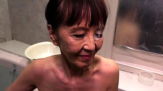 Naughty Asian granny takes a deep fucking and a hot facial