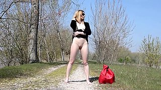 2016-03-26 Naked and Barefoot Italian Whore Charlotte