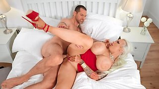 Blonde with immense tits makes husband happy having cuckold sex