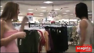 2 Girls flashing in mall